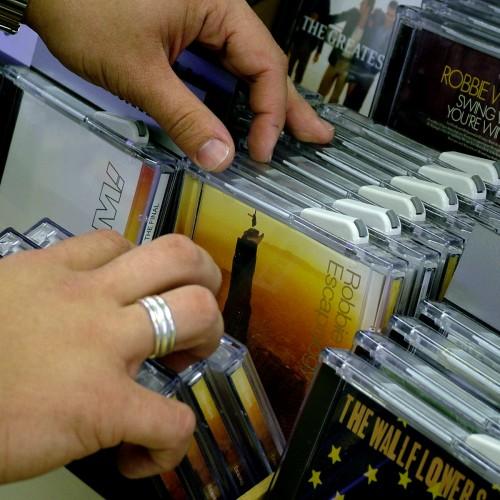 ¿Cómo se comporta el mercado de la música grabada en España?
